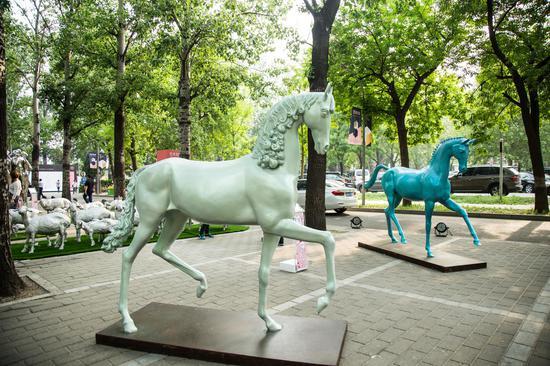 崔宇《HorsesNO.4 &NO.5》