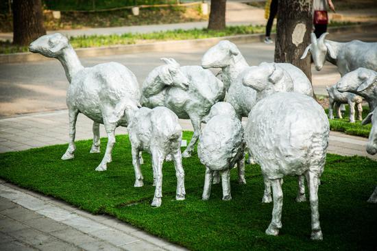 刘绍栋《羊群》
