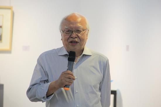 清华大学美术学院教授、博士生导师 杜大恺先生