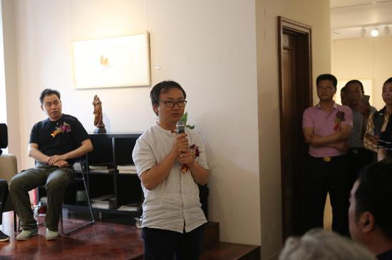 中国油画院常务副院长朱春林先生致辞