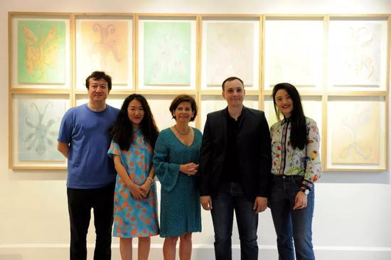 从左至右:梁勇峰、刘聪、佳玥、Guillaume Talbi、彭昀