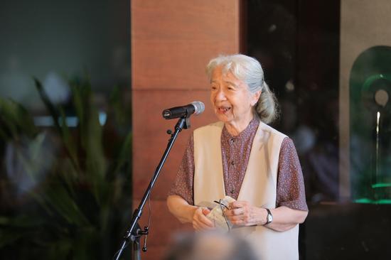 原中央工艺美术学院院长、著名艺术家常沙娜教授致辞