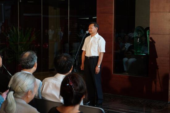 中国轻工业联合会会长张崇和先生致辞