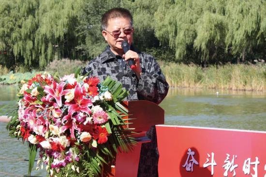 中国国家画院书法篆刻院执行院长 曾来德