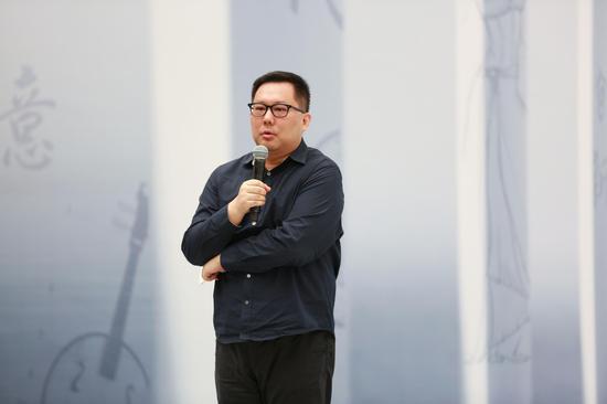 江苏卫视副总监、节目中心主任王希开幕式致辞