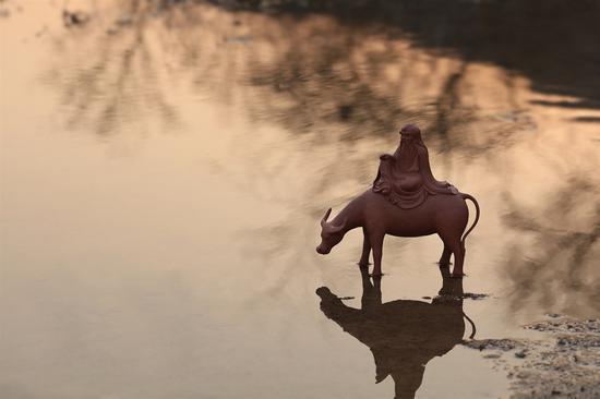 艺术家史小明作品 紫气东来