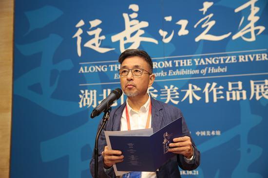 湖北省美术家协会副主席、湖北美术学院原院长 徐勇民