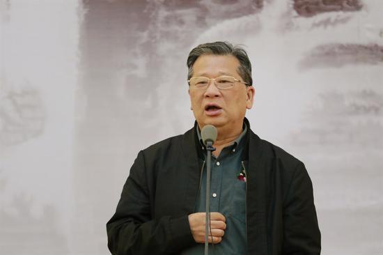 中国美术家协会副主席、广东省文联主席许钦松致辞