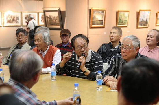 研讨会现场:艺术家张自申教授发言