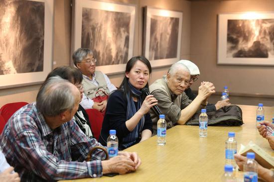 研讨会现场:上海美术学院史论系副教授蒋英发言