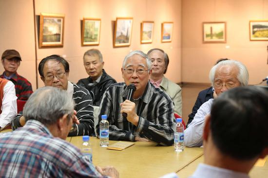 研讨会现场:艺术家潘耀昌教授发言