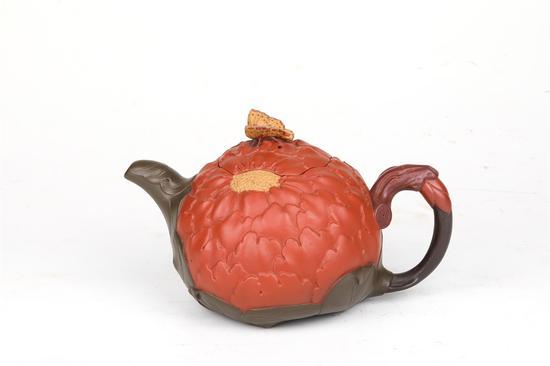 艺术家钱建生作品 牡丹壶 泥料:紫砂五色土 容量:1800CC
