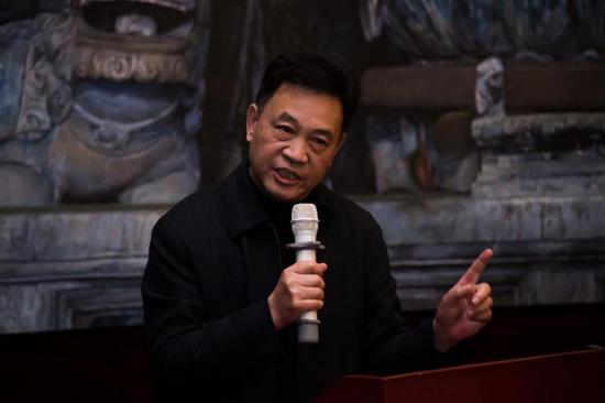 中国收藏家协会会长罗伯健