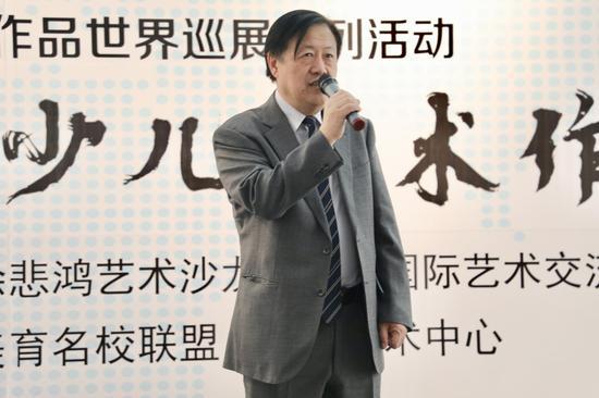 徐悲鸿艺术沙龙理事长 、艺术大师徐悲鸿长孙徐小阳