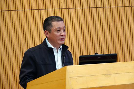 中国人民大学文学院院长、教授陈剑澜做主题发言