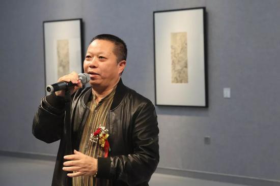 展览学术主持陈子游致辞