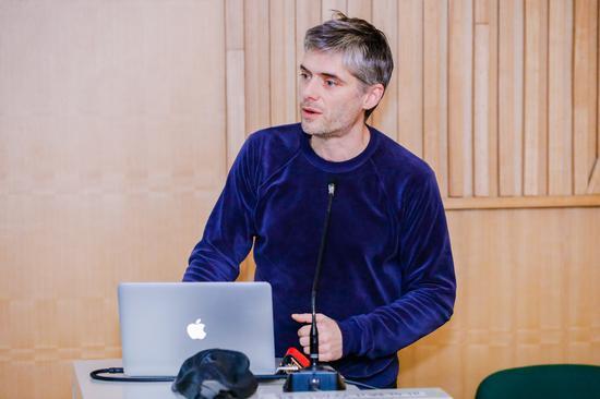 国际知名艺术家\建筑师 Tobias Putrih主题分享