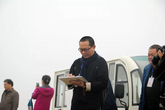 江苏省中国画学会副秘书长、理事 朱群写生