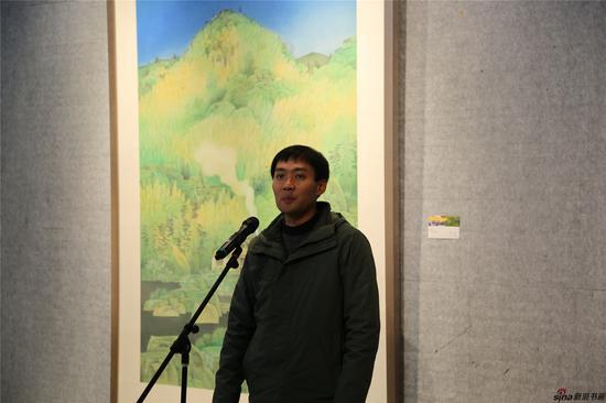 南京信息与工程学院美术学院讲师朱孟武代表参展艺术家发言