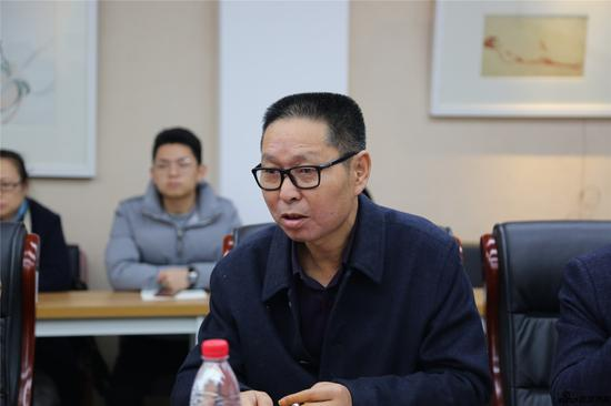 江苏省国画院副院长薛亮发言