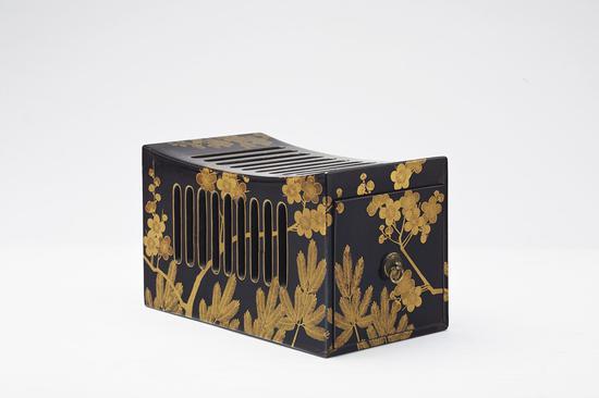 江户时代金莳绘松竹梅纹枕