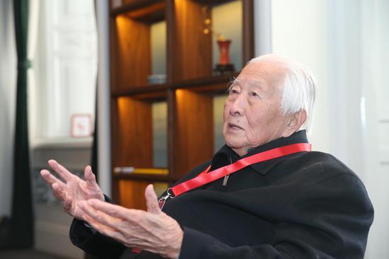故宫博物院陶瓷专家耿宝昌先生