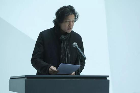 开幕式由吉林艺术学院美术学院院长刘兆武主持