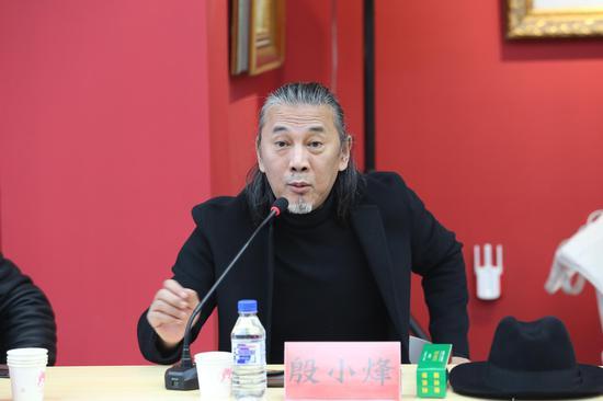 殷小烽 中国美术家协会雕塑艺委会副主任、东北师范大学教授