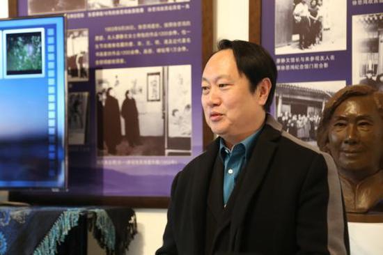 廖鸿华 徐悲鸿艺术委员会秘书长