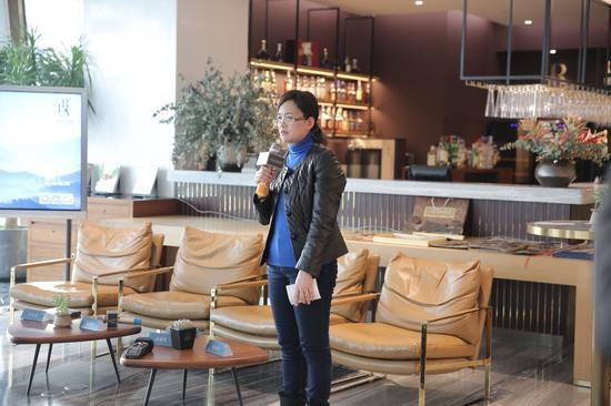 国家级非遗传承人赵慧萍讲述木板水印的历史