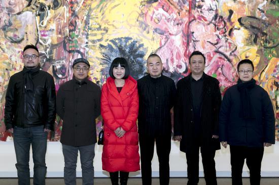 从左至右:顾小平、杜曦云、严虹、孙永增、张旭东、杨劲松