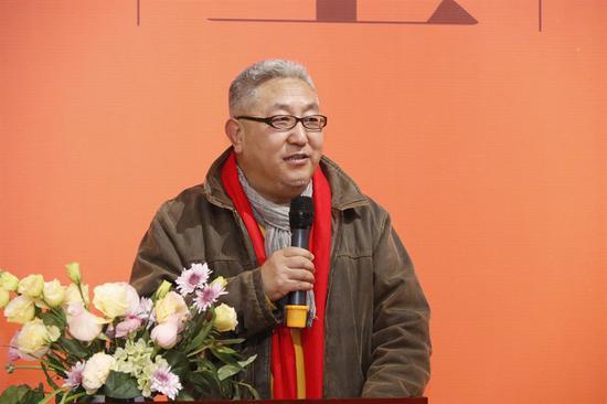 李文亮 山西画院画家,北京品逸文化艺术总监