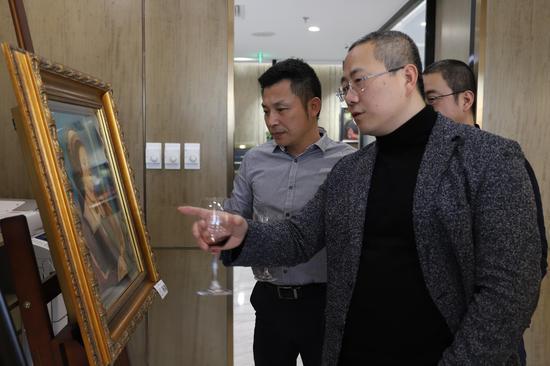 世鳌国际CEO刘天飚和中央美院教授路昊探讨艺术欣赏