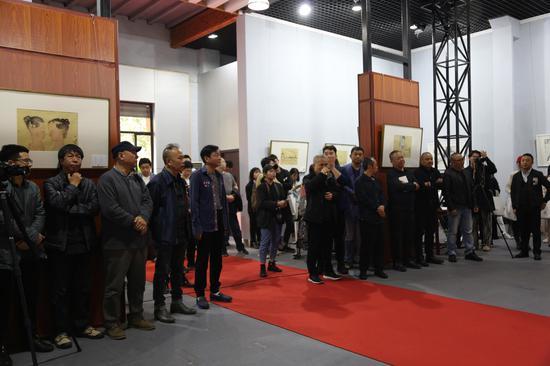 十二个艺术家和他们的水墨作品展在南京隆重开幕
