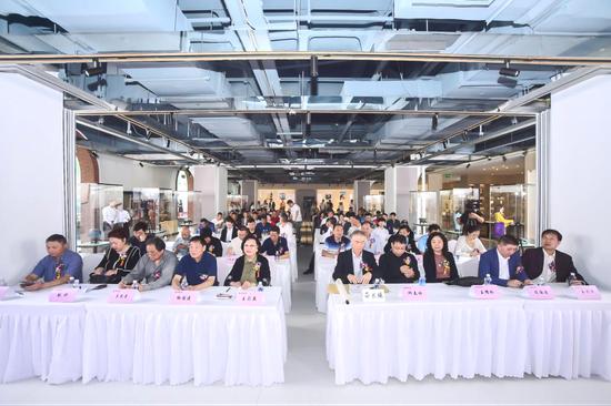 """""""宋釉今烧""""研讨暨认证会和作品展在上海举行"""