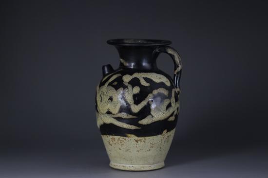 唐代花釉执壶