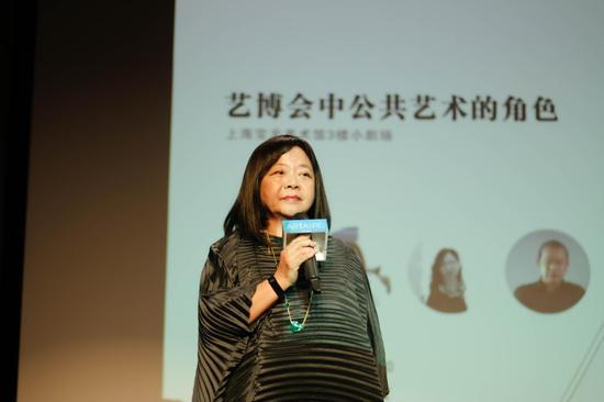 首场论坛与谈人台湾画廊协会理事长钟经新女士