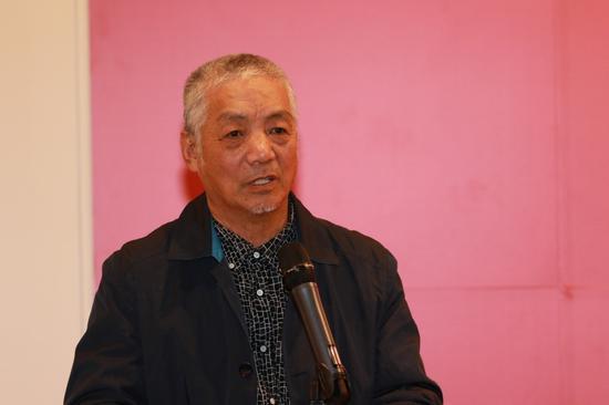 中国油画学会理事、北京现代中国适意油画研究院副院长孙建平致辞