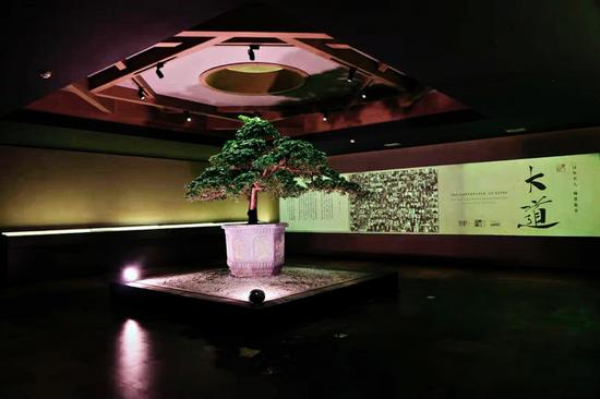 百年名人翰墨集萃展在京开幕