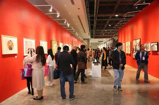 第八届大艺博(广州)开幕日观展现场
