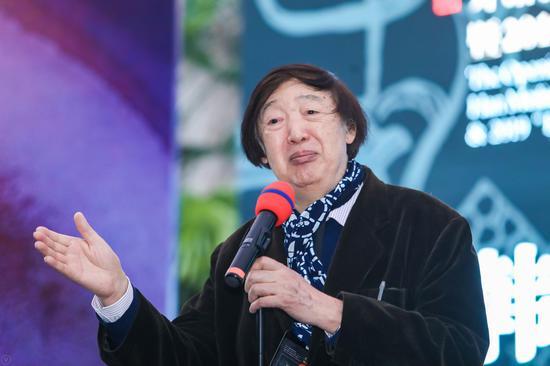 著名作家冯骥才现场致辞