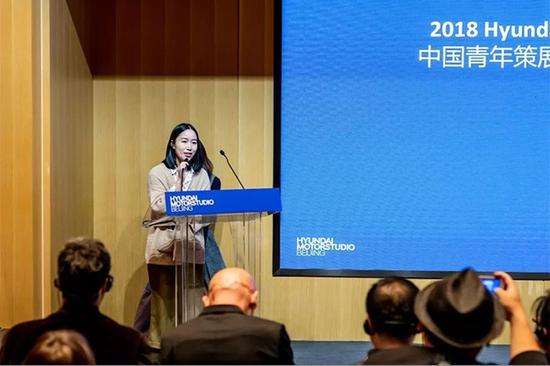 """Hyundai Blue Prize 2018""""创意能量(Creativity)""""获奖者魏颖在决赛现场演讲"""