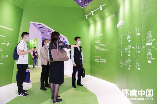 展厅现场—小明绿色低碳生活的一天