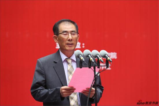 朝鲜白虎美术创作社艺术家代表林春吉致辞