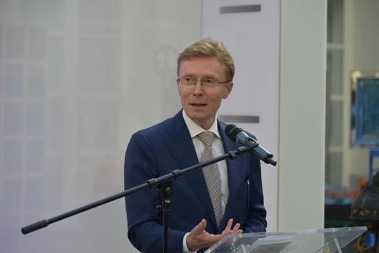 中欧旅游年欧盟委员会特别顾问艾里克·菲利帕特(ERIC PHILIPPART)致辞