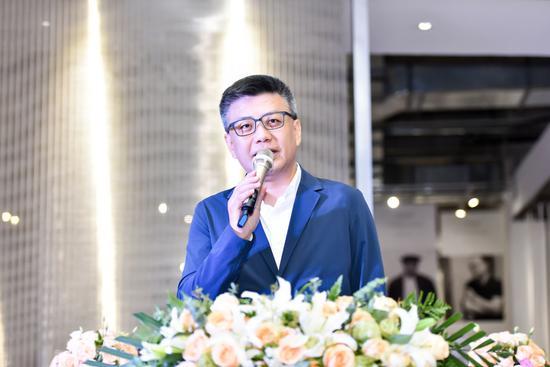 易居中国联合创始人、此次展览艺术顾问朱旭东致辞