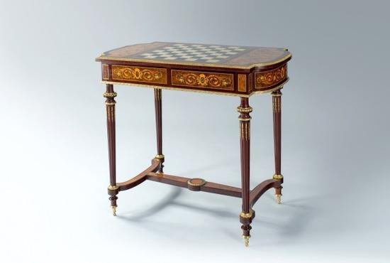 法国薄板镶嵌和螺钿镶嵌游戏桌 原产地 巴黎 约1860 年