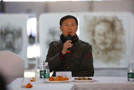 著名艺术家秦明