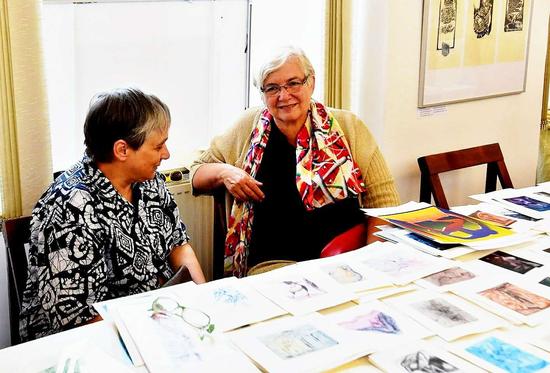 玛丽亚·谢和特洛娃出席其作品研讨会