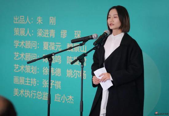 学生代表王洋洋发言
